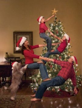 fun family xmas tree pic.jpg