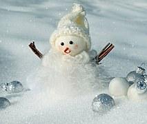 snow-man-2975730__180